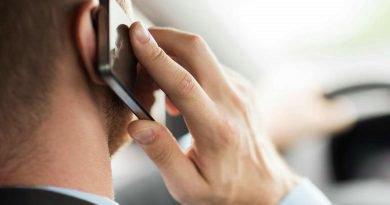 Utilizarea involuntară a telefonului în roaming nu îi scuteşte pe utilizatori de plata acestui serviciu