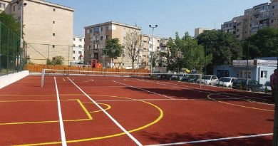 Un nou teren de sport inaugurat la Deva