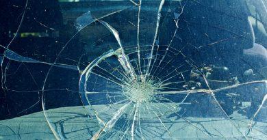 STUDIU: Numărul mașinilor care au înregistrat daune, valori de reparaţie în urma incidentelor