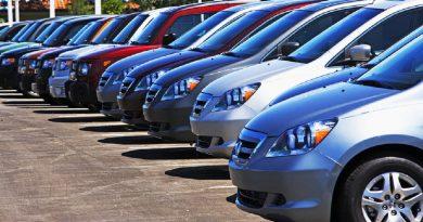 Programul cu publicul la Registrul Auto Român va fi prelungit astăzi; angajaţii instituţiei vor lucra şi sâmbătă
