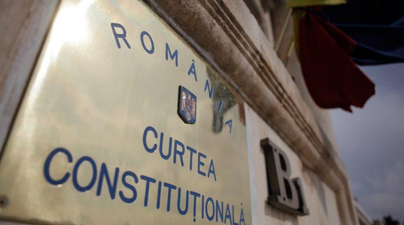 Sesizările PNL şi USR cu privire la modificările aduse codurilor penale, amânate pentru 28 mai de Curtea Constituţională