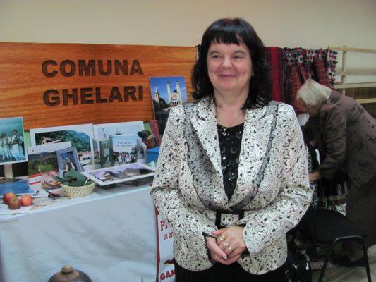 Delia Toma, coordonatoarea Centrului de Informare Turistică din Ghelari.