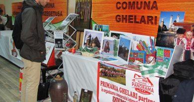 Sute de hunedoreni s-au adunat la Ghelari ca să revigoreze satele pădureneşti