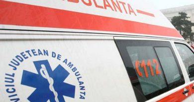Bolnavă de cancer, abandonată de ambulanță la birtul din sat