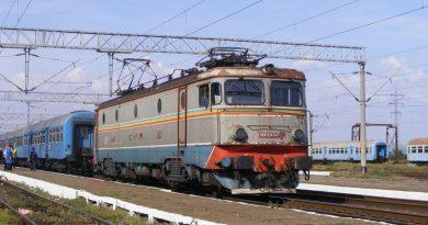 Zece persoane care intenţionau să se sinucidă pe calea ferată, salvate de poliţişti în decurs de o lună