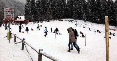Numărul de turişti străini în România a crescut anul trecut cu 11,3% față de 2016