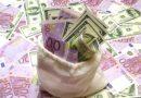 Euro a crescut spre pragul de 4,65 lei