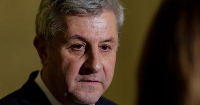 Comisia condusă de Florin Iordache a amânat discutarea amendamentelor la Codurile penale
