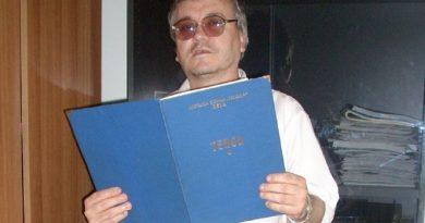 Medicul tenor cu peste 1000 de melodii în repertoriu