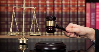 Președintele României a semnat decretele de numire a doi judecători hunedoreni