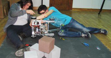 VIDEO. NRG Robotix din Deva, la cel mai mare Campionat de Robotică din România
