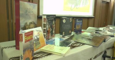 Un tur virtual al Franței