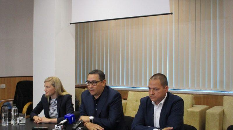 Un fost ministru și un deputat au demisionat din PSD