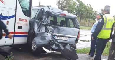Accident pe șoseaua de centură a Devei. Trei autovehicule implicate