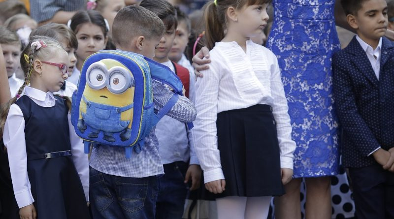 Elevii vor reveni la școală, în anumite condiții