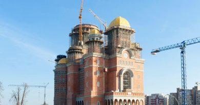 Cu Catedrala Mântuirii Neamului, Biserica salvează Centenarul