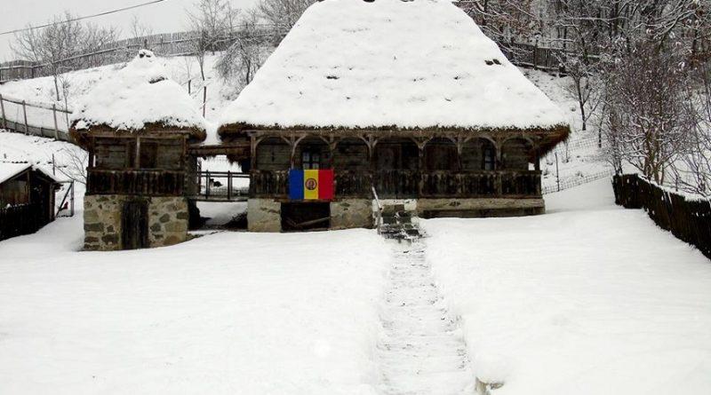 Casa Memorială Crișan, acoperită cu o pătură de omăt