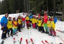 Gest remarcabil al monitorilor de schi: susţinere pentru copiii nevoiaşi