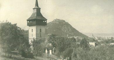 Povestea bisericii din Deva unde au slujit trei sfinţi