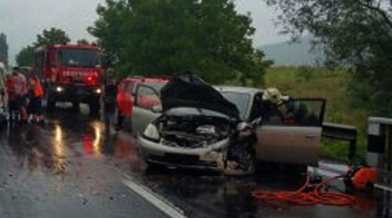 Accident în Leșnic. Unul dintre cei doi șoferi era beat
