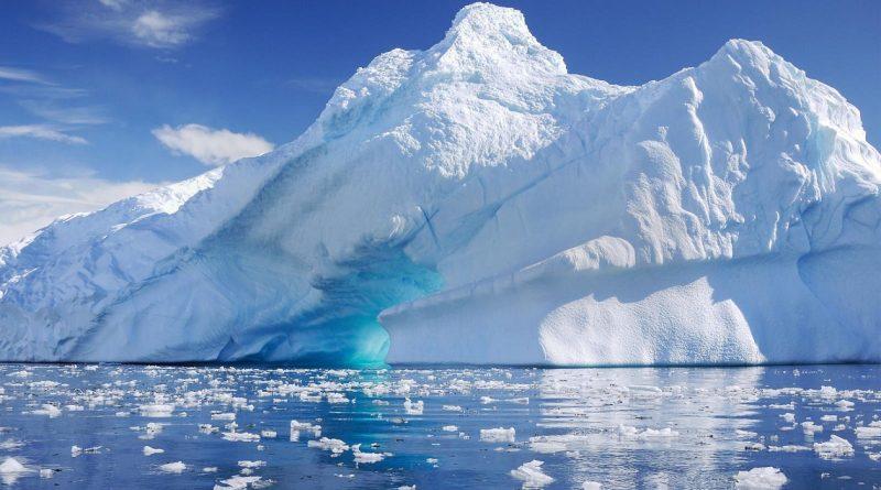 Temperaturile din zona arctică vor creşte cu până la 10°C în următorii 100 de ani, fără măsuri concrete împotriva încălzirii globale