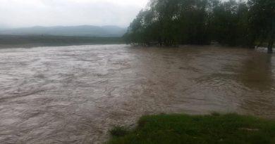 Codul portocaliu de inundaţii pentru râuri din Transilvania şi Banat