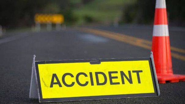 Accident: Un şofer urmărit de poliţie a pierdut controlul direcției de deplasare