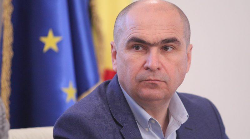 Ilie Bolojan dă afară jumătate din angajaţii Consiliului Judeţean Bihor