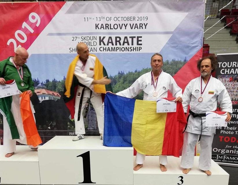 Jandarm hunedorean, medaliat la Campionatul Mondial de Karate SKDUN