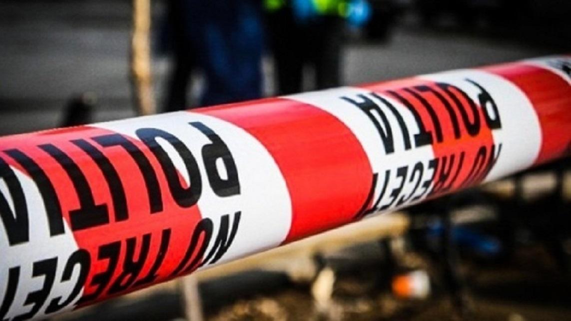 Un bărbat a fost găsit decedat sub o țeavă, în zona Hațegului