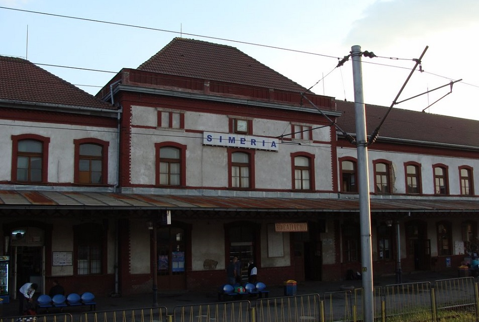 Tren de zi pe ruta București – Simeria