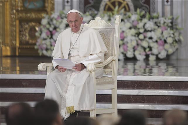 Ce spune Papa Francisc despre companiile din tehnologie care pun profitul înaintea protejării copiilor