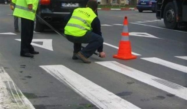 Hațeg: Două persoane, accidentate pe trecerea de pietoni