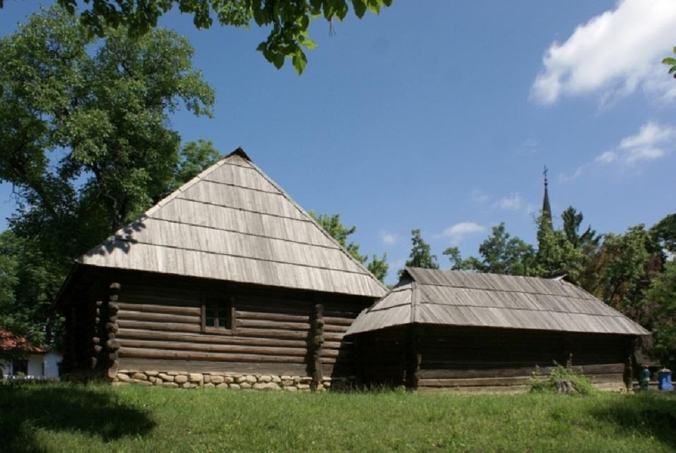 Gospodărie momârlănească poate fi vizitată la București