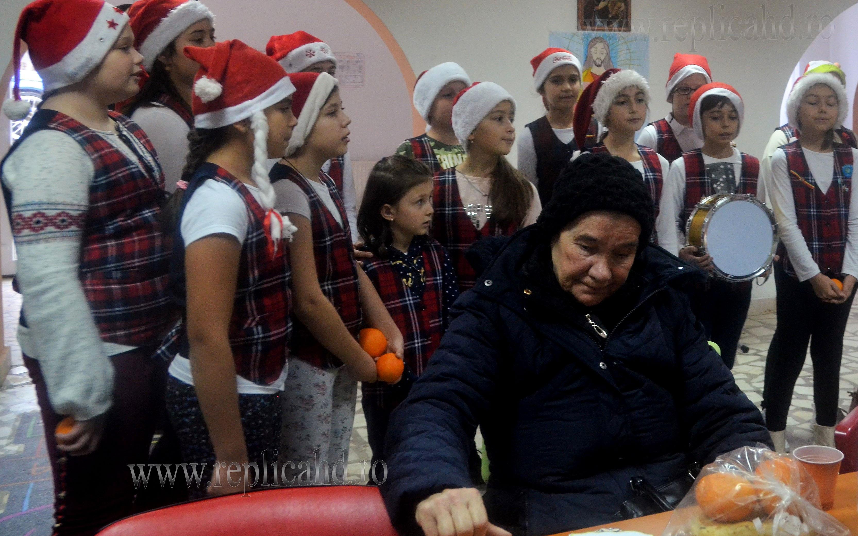 Voluntarii au vizitat centrul social Sf. Nectarie, din Deva