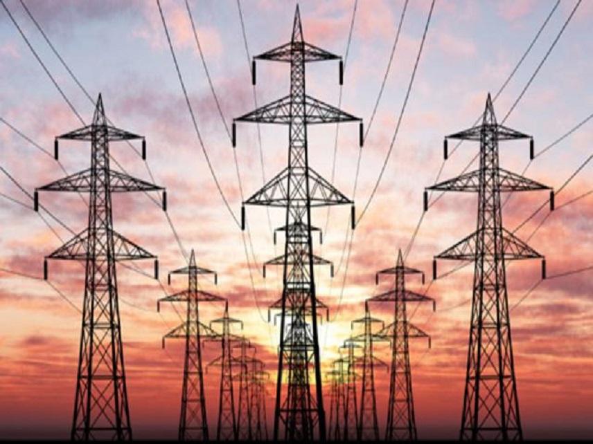 INS: Exportul de energie electrică a crescut în primele cinci luni ale anului cu aproape 40%