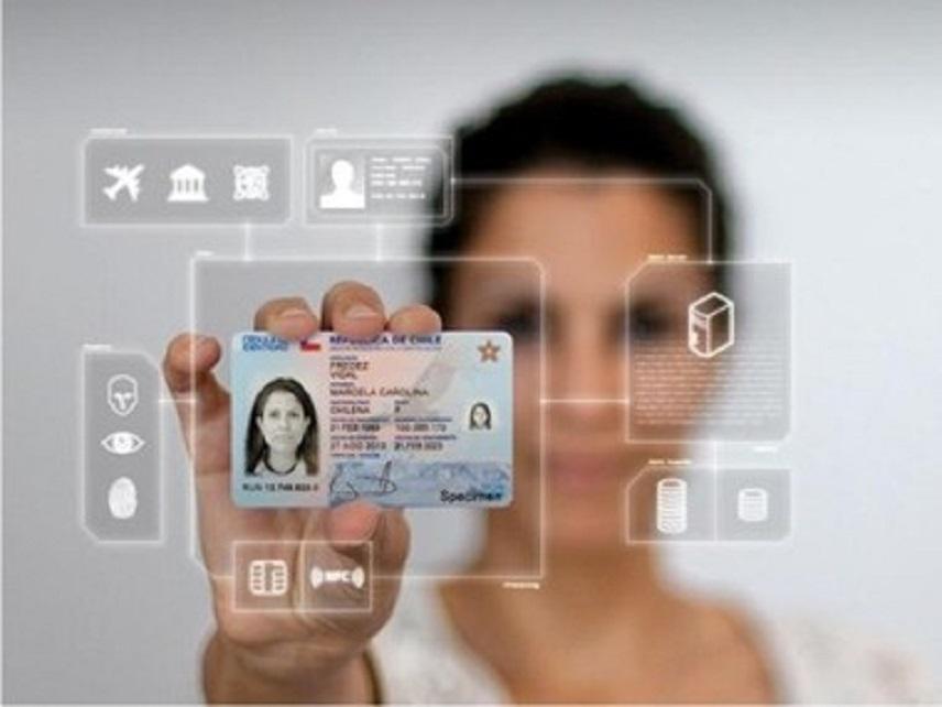 Cartea de identitatea electronică va fi emisă începând cu 3 august 2021