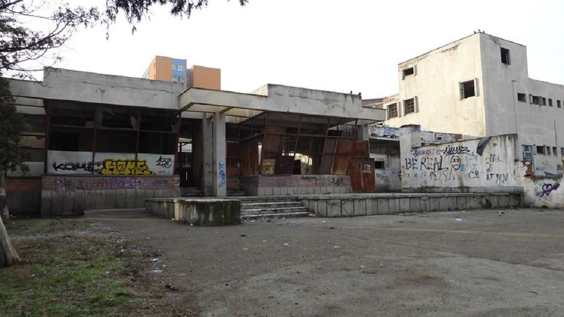 Deva: Ruina clădirii Astoria se va transforma în creșă-grădiniță