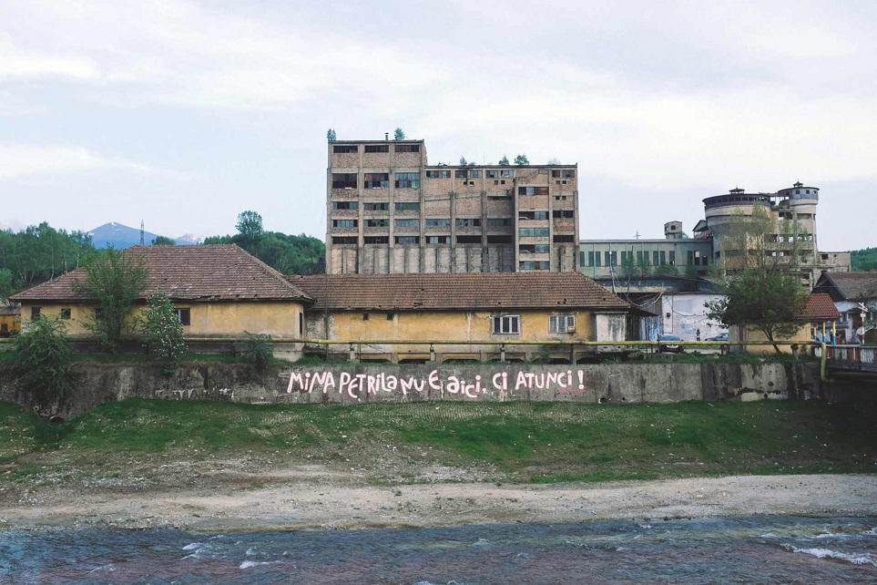 Clădirile istorice ale minei Petrila, păzite cu banii de la SNIMVJ