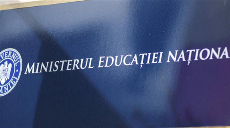 Ministerul Educaţiei pregăteşte o OUG care prevede un program de recuperare a materiei predate în timpul şcolii online