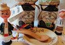 Toponimul Topoloveni, cunoscut în special datorită magiunului de prune, este marcă înregistrată la OSIM