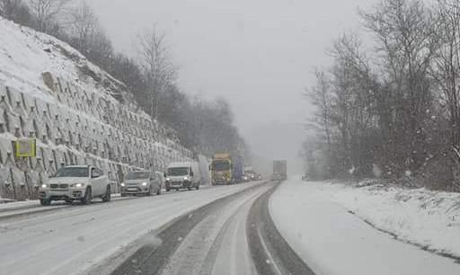DN66 iarna, blocaj