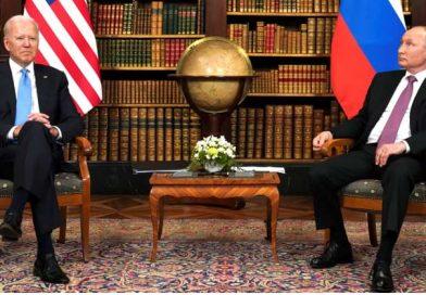 Întâlnirea dintre Joe Biden şi Vladimir Putin a început