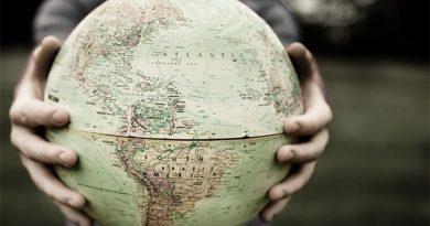 GEOPOLITICA ZILEI DE MÂINE: Europa în sau pe lângă căruța americană?