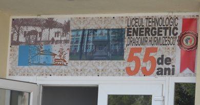 ZI ANIVERSARĂ LA LICEUL ENERGETIC DIN DEVA