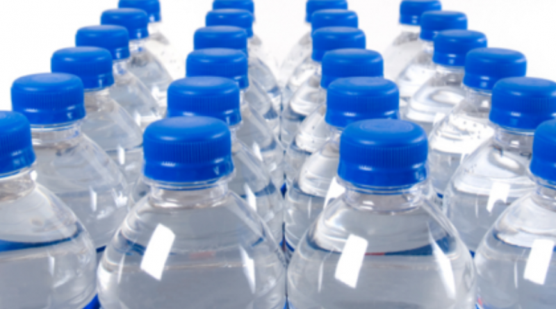 Prețul la apa îmbuteliată se va majora