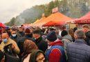 Zi de sărbătoare la Pui. Mii de oameni veniţi la târgul de toamnă